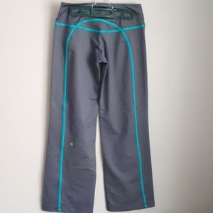 Lululemon Athletica workout pants grey teal accent